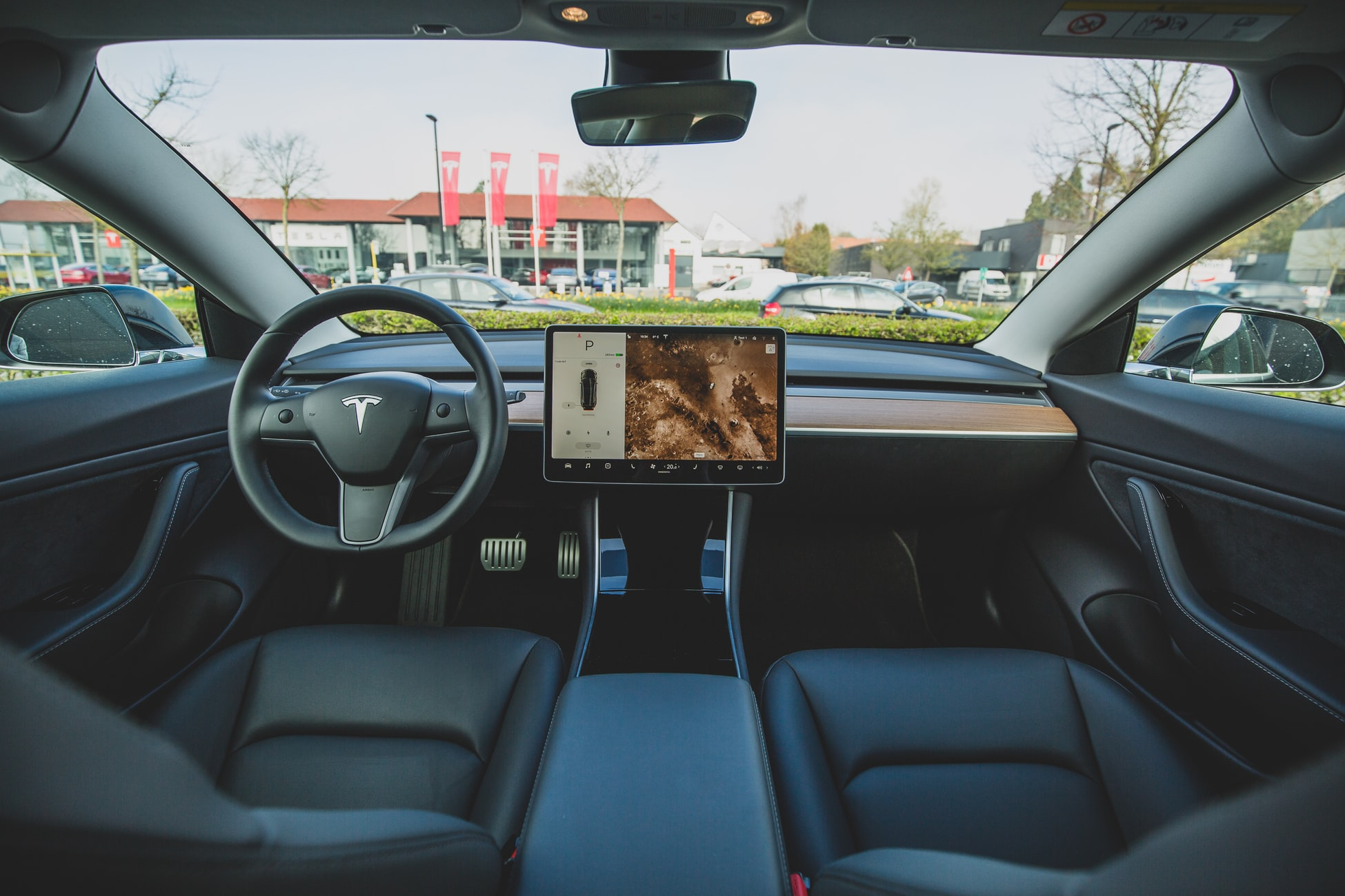 3 tech trends that are changing the future of the automotive industry